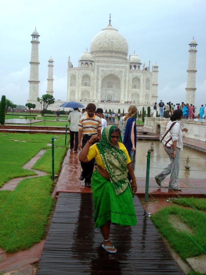 Taj Mahal, Olinda H